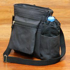 ペットボトルポケット付きなブラックミニショルダー